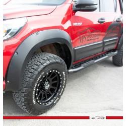 Toyota Hilux Çamurluk Dodikleri Abs Plastik Vidalı 2015-